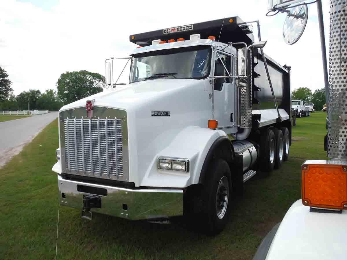 hight resolution of 2015 kenworth t800 tri axle dump truck s n 1nkdl40x8fr471300 cummins isx15 500hp eng 10 sp 18740 lb front w 385 65r22 5 flotation tires on alum