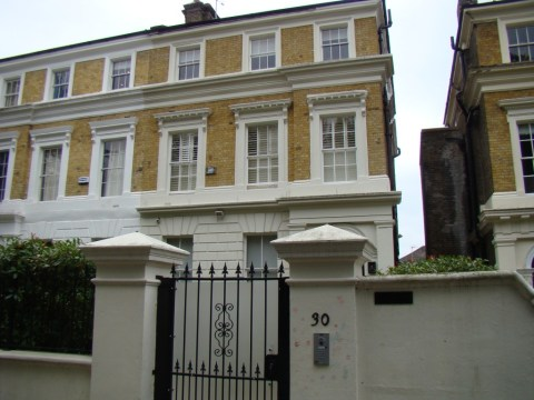 Amy Winehouse death house—30 Camden Square