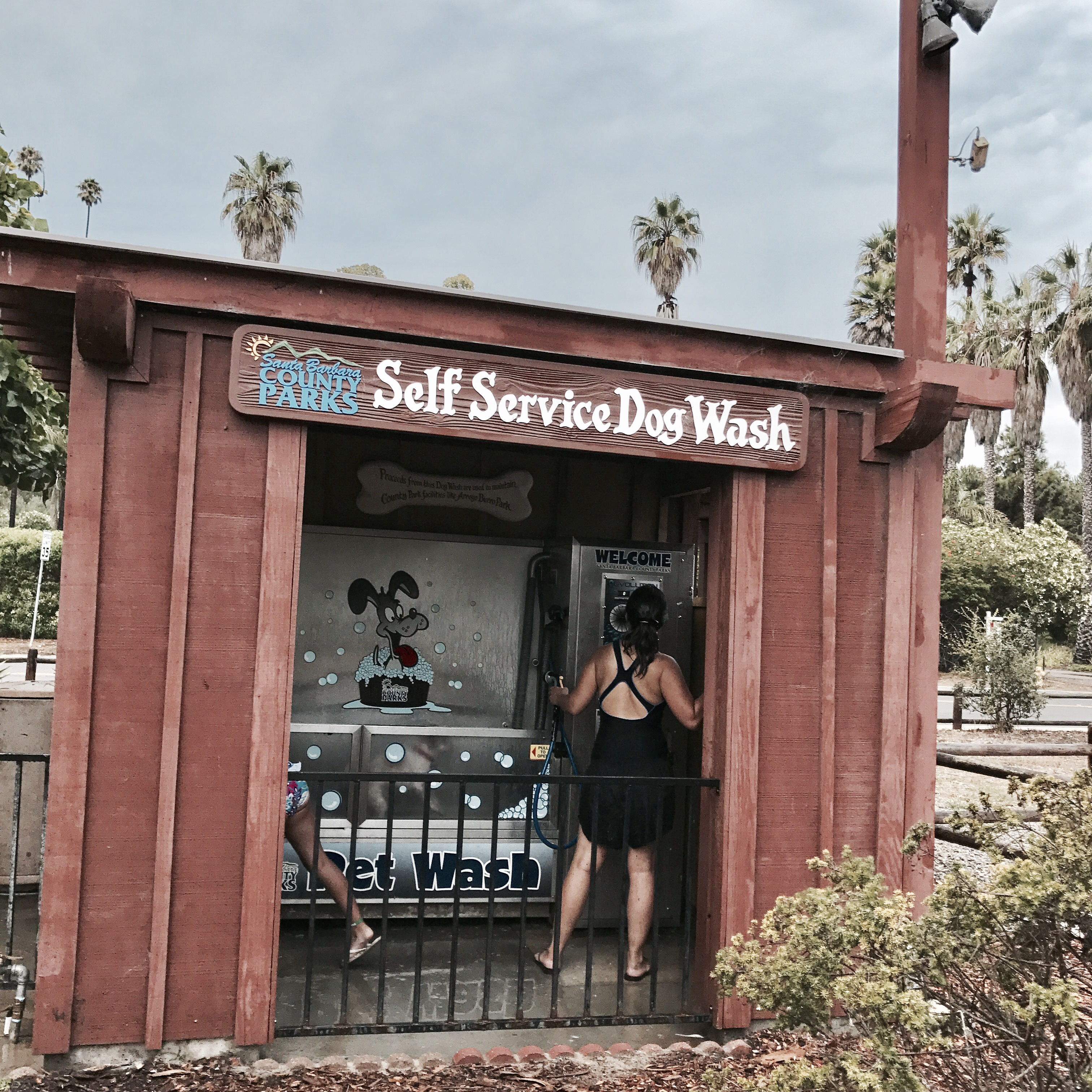 Travel tuesday an eventful three day weekend getaway to santa self service wash stations a blessing in disguise after all the sand and water hit us pretty good and then it was back to the hotel to clean up and solutioingenieria Gallery