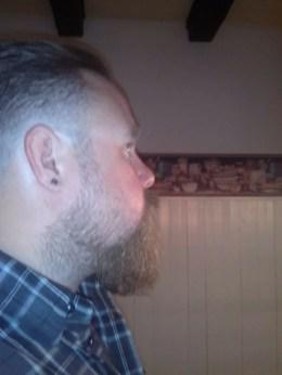 De baard van Youri Emor