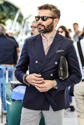 Manners-Stijlinspiratie-de-contrasterende-Suit-and-Beard-combinatie-47