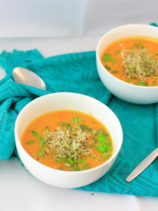 currysoep1-min