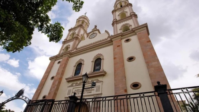 The Cathedral of Culiacán maintains a fascinating architecture that glimpses as soon as it is seen.