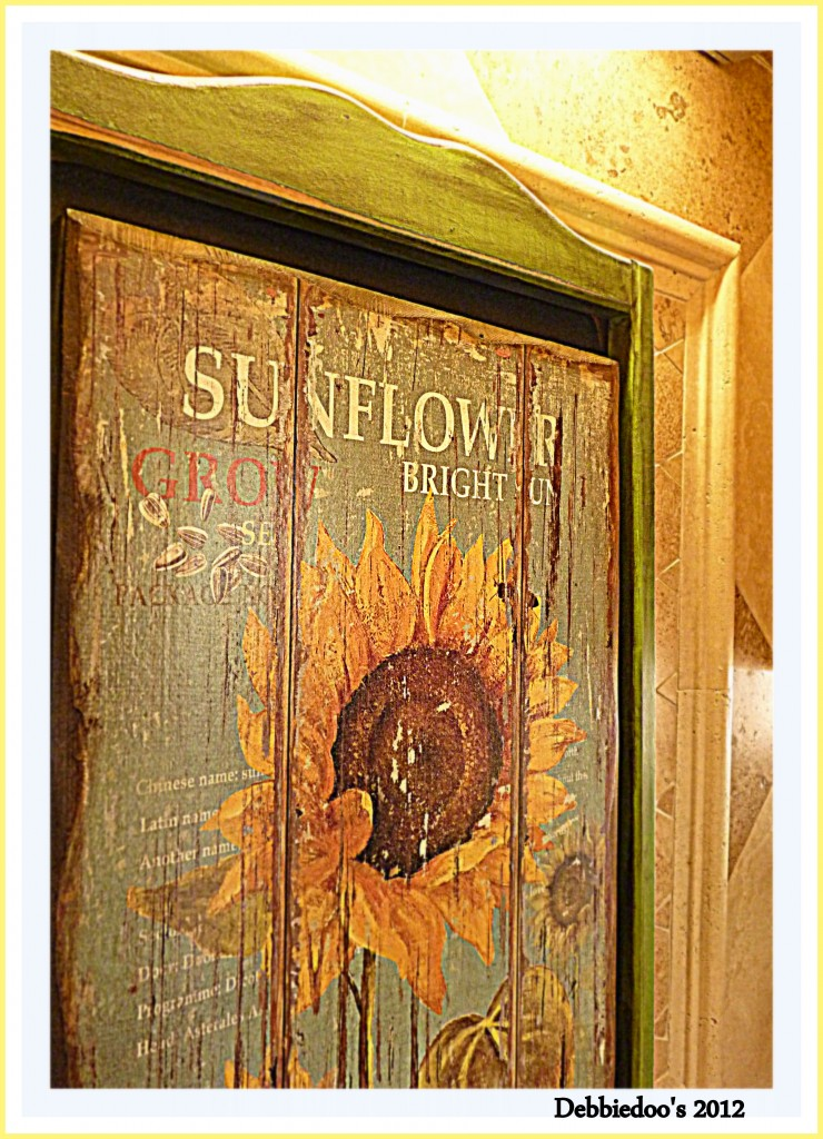 French Country Kitchen sunflowers and roosters NEWBIE