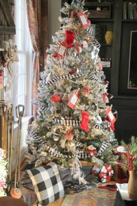 Christmas tree - Debbiedoos