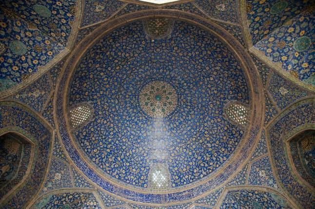 主殿內的雙層圓頂
