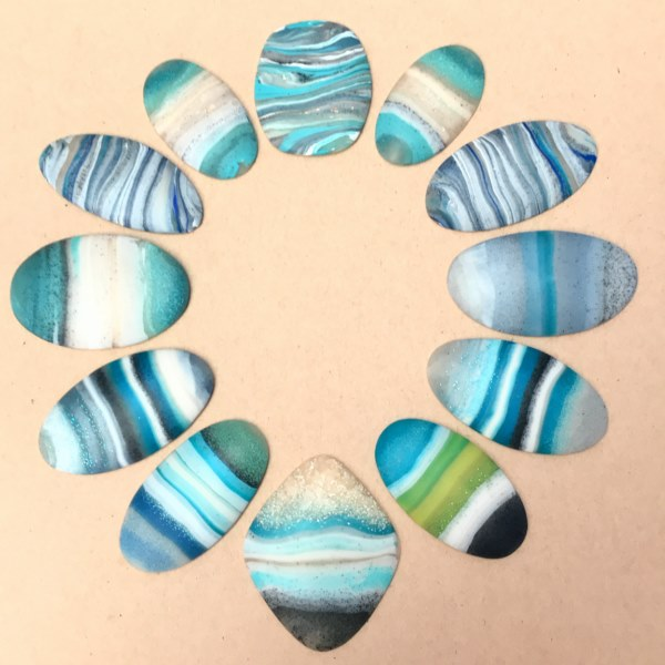 Debbie-Crothers-Polymer-Clay-Beach-Pebble-Necklace-Tutorial-BOHO-Beachy-Pebble Art-Turquoise