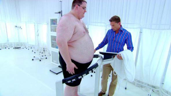 embarrassing_fat_bodies_yr2_tx1_on_scales_with_cj_E0006277-9207-F70F-26AE4E14D61E58EB