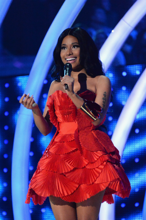 nicki minaj mtv ema´s 3