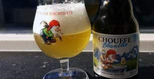 La Chouffe Blanche Review