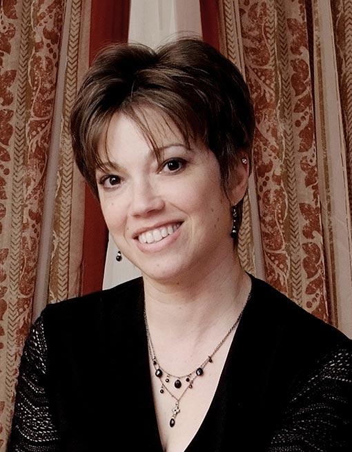 Romantic Suspense author Debora Dale