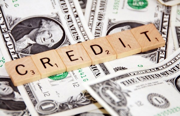 4 Reasons why a Debt Consolidation Loan will help Your Credit Score
