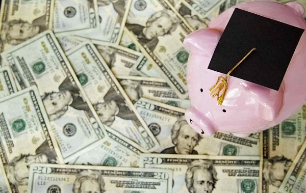 Debt Consolidation vs. Deferment for Student Loan Debt