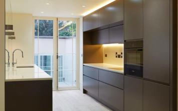 De Burgo Ebury Street Dark Matt Kitchen