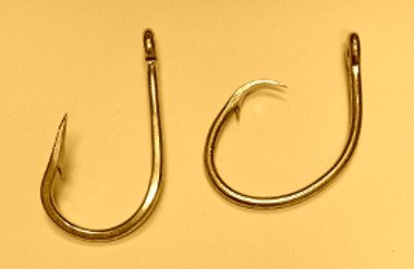 a J-hook on the left, and a Circle hook on the right