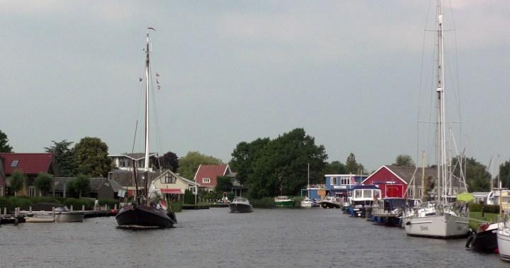 Varen met de Canicula - Vaarroute Rondje Noord-Friesland tussen Eastermar en Sneek