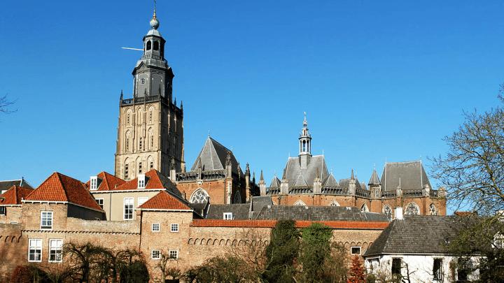 Zutphen, Sint Walburgiskerk - De Canicula