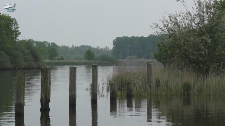 Het Dokkumer Diep ter hoogte van jachthaven Lunegat / Rondje Noord-Nederland/vaarroute van Dokkum naar Elektra - De Canicula