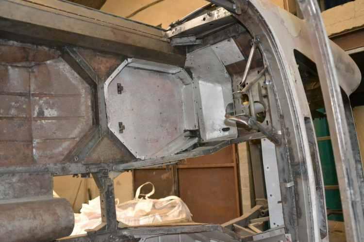 planchers maserati mistral en aluminium riveté