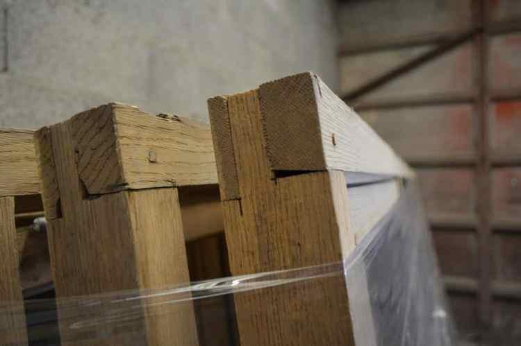 précision du décapapge respect du bois de chene