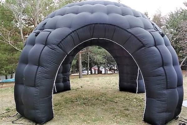 carpa estandar negra - alquiler de carpas hinchables - decateam