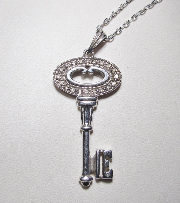 Sterling Silver  Diamond Key Pendant Necklace WC362
