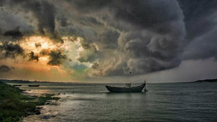 Scientists devise novel method for early detection of tropical cyclones   Deccan Herald
