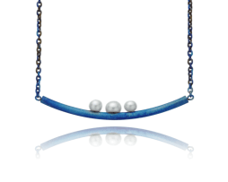 Blue titanium curved bar necklace with 3 pearls