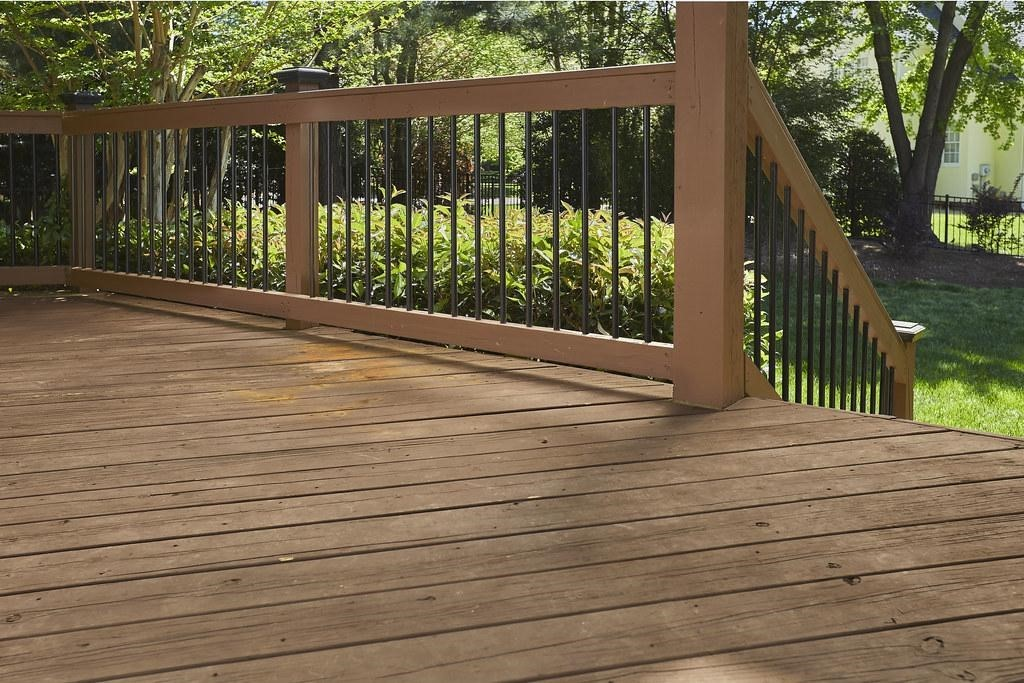 best deck material options for 2021