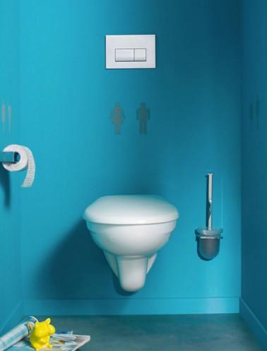 Peinture WC bleu azur et pochoir signaltique WC