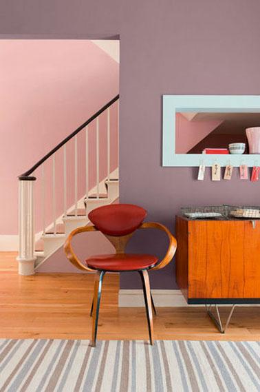 rose et violet dans salon et chambre