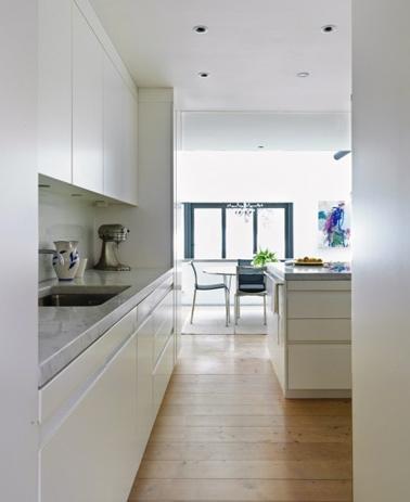 Cuisine blanche meubles design lot central sol parquet
