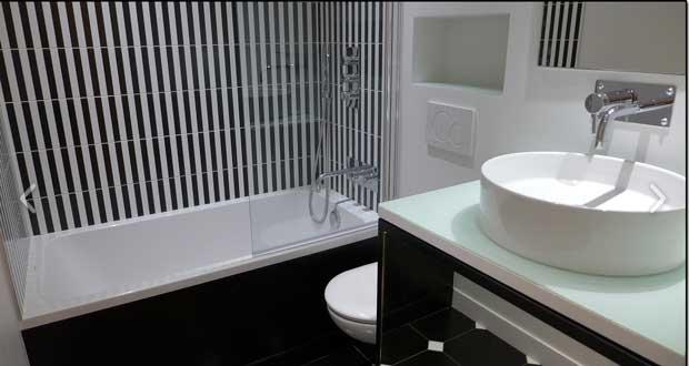 la couleur une bonne astuce deco pour une petite salle de bain une couleur