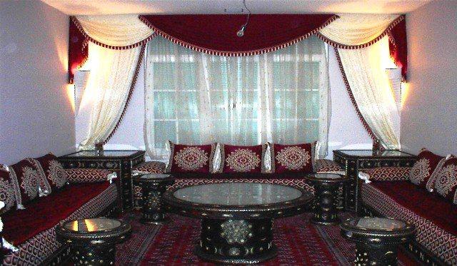 Modle de dcoration salon marocain rouge  Deco salon marocain