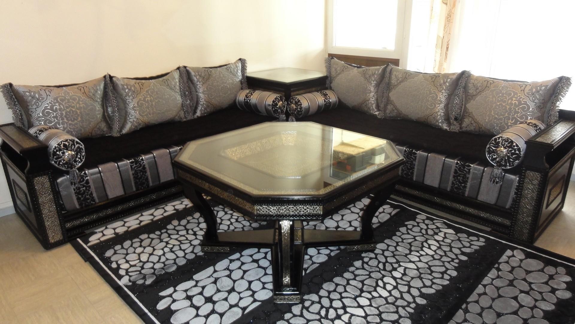 Salon Marocain Blanc et noir  Deco salon marocain