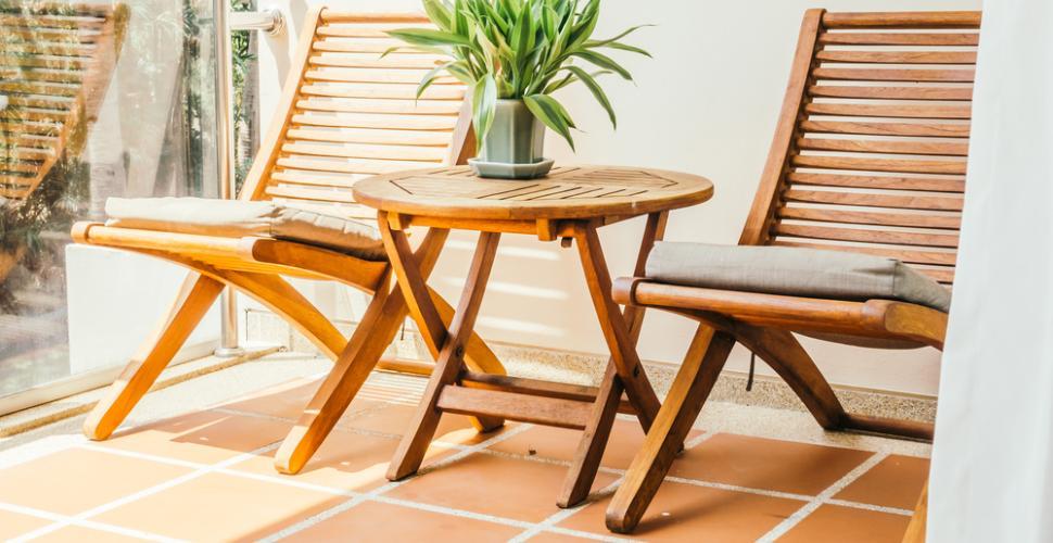 des meubles en bois pour ma terrasse d