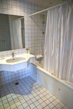 comment installer un rideau de douche