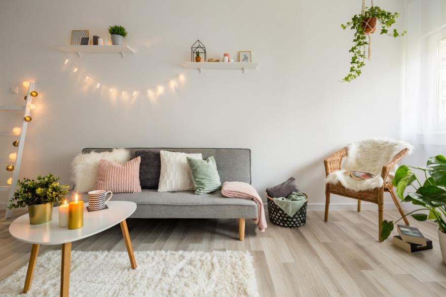https www deco fr deco piece decoration salon actualite 836530 choisir tapis salon html