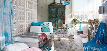Una casa de color turquesa  DecoActualcom
