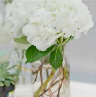 deco-fleur-au-centre-de-table-Faire-part-mariage-blog