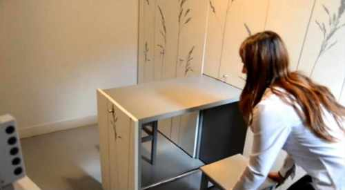 table-escamotable-tabourets-mini-studio-Kitoko