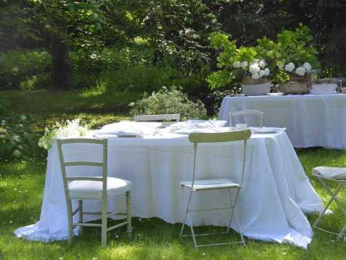 nappes-blanches_The-au-chateau_M-P-Faure_2017-05_Laure-Mestre_conseil-deco-A-tous-les-etages
