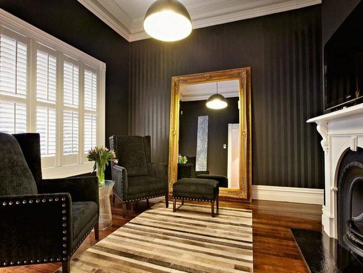 Une villa pleine de contrastes melbourne decocrush for Deco salle de bain trackid sp 006