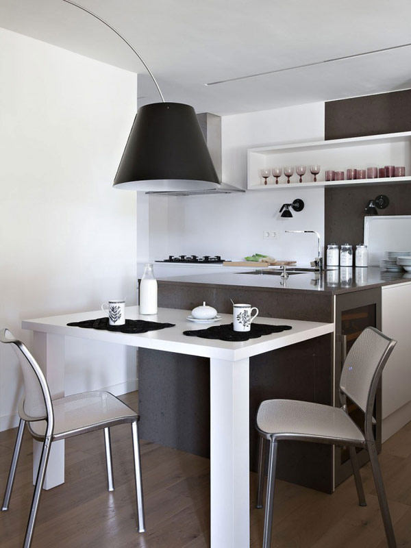 visite d co un appartement moderne barcelone decocrush. Black Bedroom Furniture Sets. Home Design Ideas