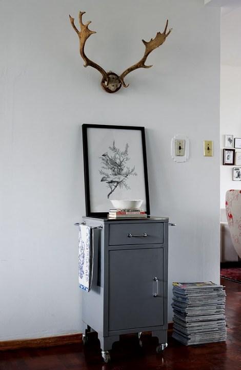 visite d co un petit appartement vintage decocrush. Black Bedroom Furniture Sets. Home Design Ideas