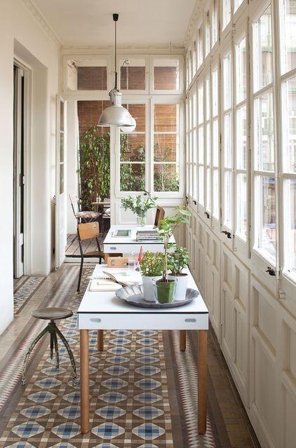 astuce d co placer son bureau face la fen tre decocrush. Black Bedroom Furniture Sets. Home Design Ideas