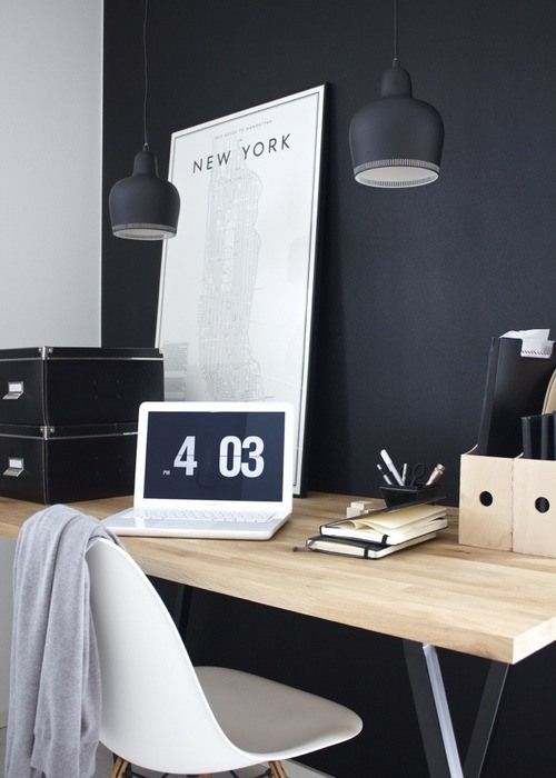 10 bureaux scandinaves en noir et blanc decocrush. Black Bedroom Furniture Sets. Home Design Ideas