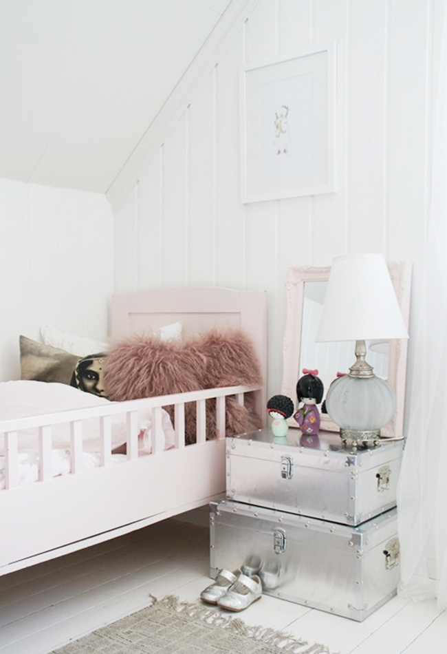 get the look une chambre d 39 enfant girly et vintage decocrush. Black Bedroom Furniture Sets. Home Design Ideas