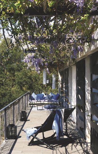 Visite déco | Un petit havre de paix ethnique et chic en Corse