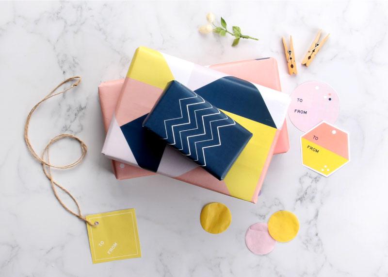 Du papier cadeau coloré